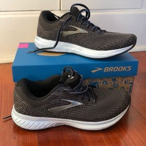 Brooks Revel 3 Neutral Cushioned running shoes